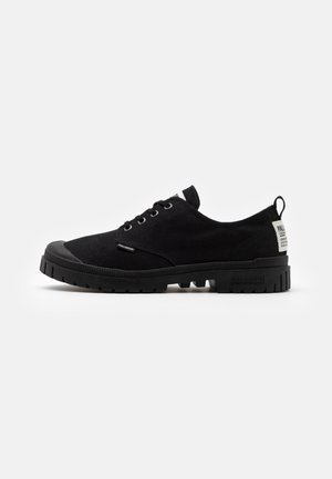 PAMPA UNISEX - Sneakersy niskie - black