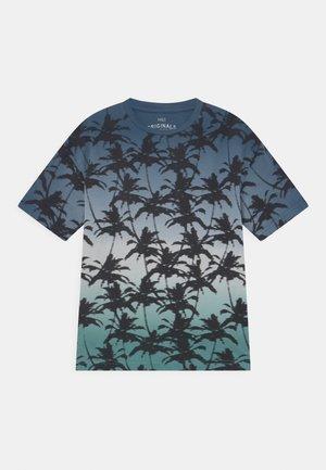 OMBRE - T-shirt z nadrukiem - blue