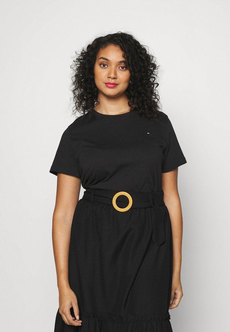 Tommy Hilfiger Curve - NEW CREW NECK TEE - Basic T-shirt - black