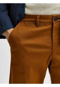 Selected Homme - SLHSLIM MILES FLEX PANTS - Chinos - monks robe - 4