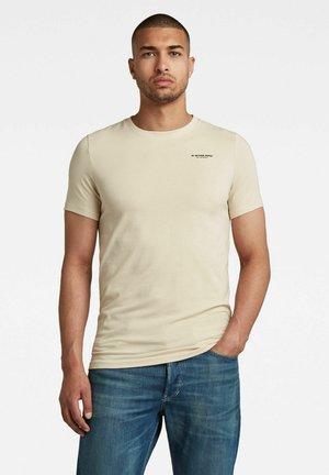 SLIM BASE R - Print T-shirt - cornish
