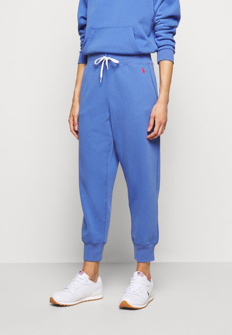 Polo Ralph Lauren - SEASONAL - Tracksuit bottoms - resort blue