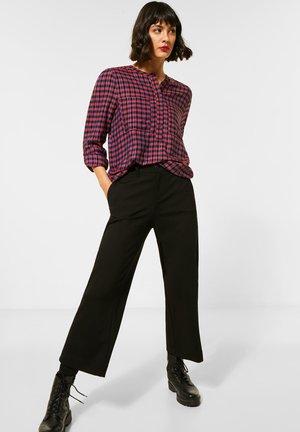 MIT KARO UND GLITZER - Button-down blouse - pink