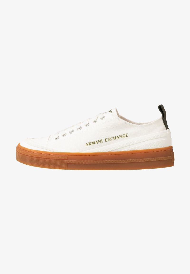Armani Exchange - Tenisky - offwhite