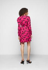 Diane von Furstenberg - SAVILLE - Vapaa-ajan mekko - pink - 2