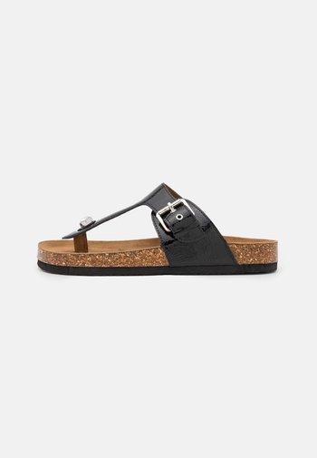 ONLMAXI TOE SPLIT - T-bar sandals - black