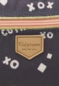 Kidzroom - BACKPACK KIDZROOM FEARLESS UNISEX - Rucksack - grey - 4
