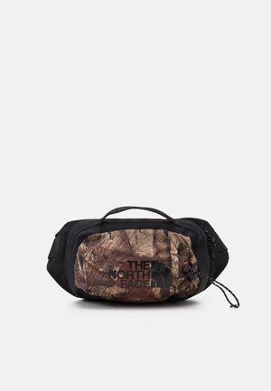BOZER HIP PACK III  L UNISEX - Bum bag - tan/black
