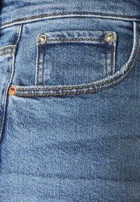ONLY - ONLMEGAN WIDE ANKLE - Jeans straight leg - light medium blue denim - 2