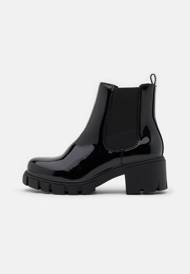 TESSA - Kotníkové boty na platformě - black