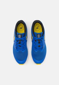 Nike Performance - STAR RUNNER 2 UNISEX - Neutral running shoes - game royal/metallic silver/black/speed yellow - 3