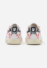 MOA - Master of Arts - GALLERY - Sneakers laag - white/red - 3