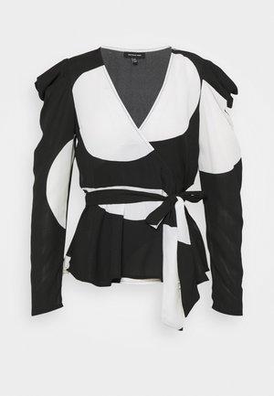 WRAP  - Blusa - black/white