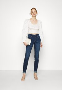 Who What Wear - CROPPED LONG SLEEVE - Blouse - powder - 1