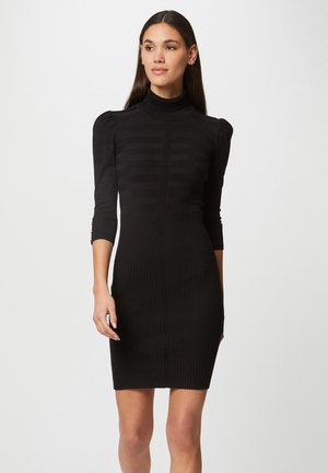 FITTED - Shift dress - black