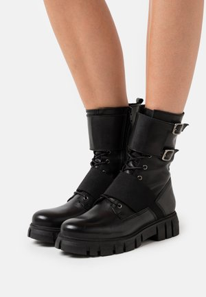 SAURA - Cowboy/biker ankle boot - black