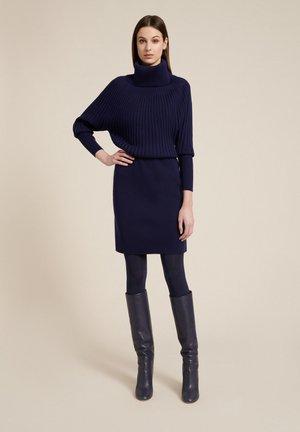 MINNIE - Shift dress - blu