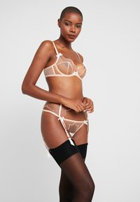 Agent Provocateur - LORNA THONG - Thong - nude/white - 1