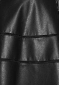ONLY - ONLKATIE SKATER SKIRT - Mini skirt - black - 5