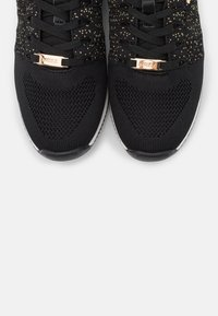 Mexx - DJAIMY - Trainers - black/gold - 5