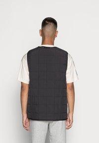 adidas Originals - PADDED VEST - Bodywarmer - black - 2