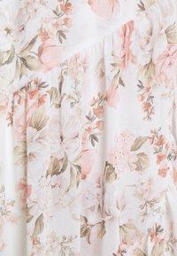 Forever New Petite - LOLA PRINTED MAXI DRESS - Sukienka koktajlowa - vintage coral - 2