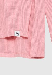 Abercrombie & Fitch - OVERSIZED WAFFLE TEE - Long sleeved top - blush pink - 2