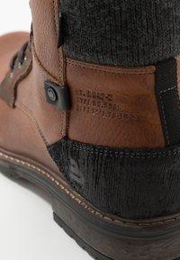 Bullboxer - Šněrovací kotníkové boty - brown - 5