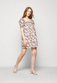 Tory Burch - SMOCKED MINI DRESS - Day dress - lucky meadow - 1