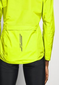 LÖFFLER - BIKE JACKET AERO POCKET - Windbreaker - light green - 5