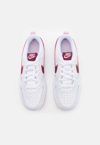 Nike Sportswear - COURT BOROUGH UNISEX - Sneakersy niskie - white/dark beetroot - 3