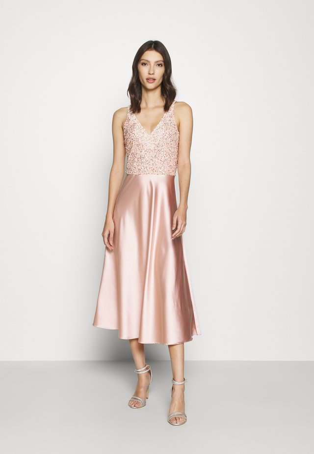 ALEXA SOFIE MIDI DRESS - Cocktailjurk - nude