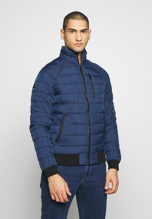 COMMUTER QUILTED - Light jacket - pilot mid blue