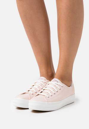 TRIPLE KICK METALLIC - Trainers - rose gold
