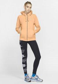 Nike Sportswear - Zip-up hoodie - orange chalk/white - 1