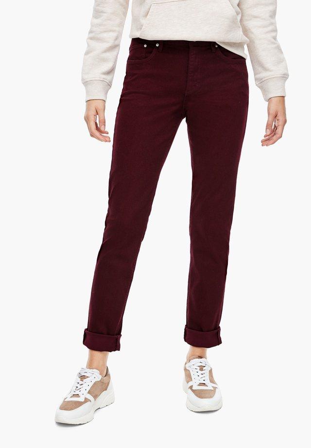 Slim fit jeans - dark red