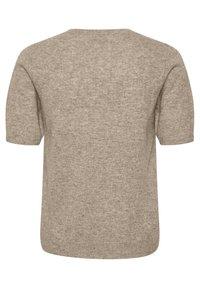 Part Two - EVERLOTTEPW  - Basic T-shirt - light camel melange - 6