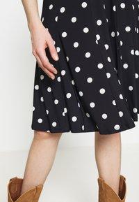 Lauren Ralph Lauren - PRINTED MATTE DRESS - Jersey dress - navy - 4