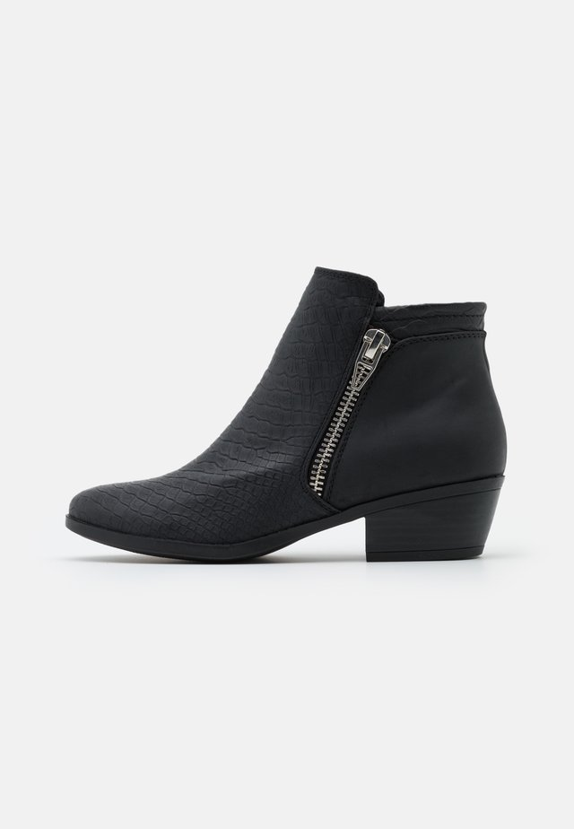 LEESA - Ankelstøvler - black