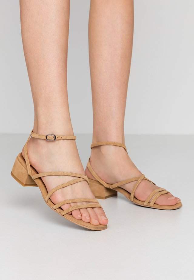 BIADEA STRAP  - Sandalen - light brown