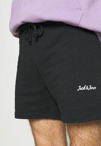 Jack & Jones - JJIWINKS 2 PACK - Shorts - tap shoe - 5