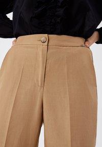 LIU JO - Trousers - light brown - 3