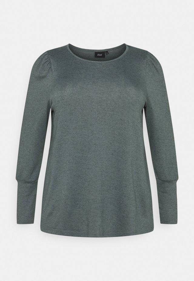ELUCCA HIGH CUFF  - Sweter - balsam green melange