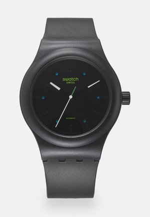 AM51 - Watch - black