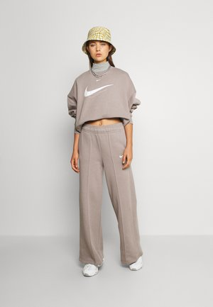 TREND PANT - Tracksuit bottoms - moon fossil