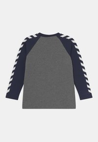 Hummel - BOYS - Long sleeved top - black iris - 1