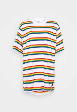 TORI TEE - Camiseta estampada - white