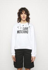 Love Moschino - Sweatshirt - optical white - 0