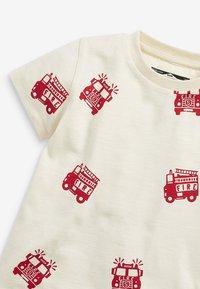 Next - 3 PACK  - Print T-shirt - off-white - 6