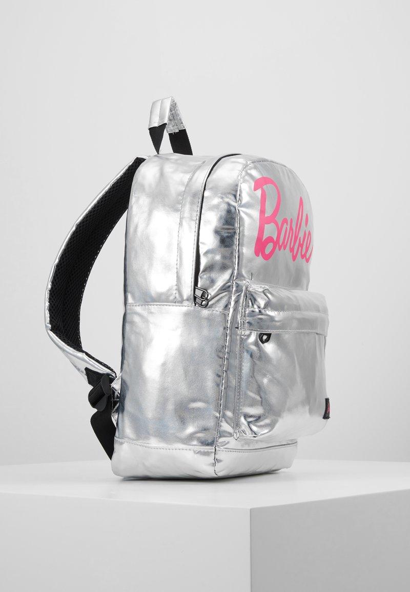zoo Recreación Contento  Spiral Bags BARBIE BACKPACK - Mochila - classic silver - Zalando.es